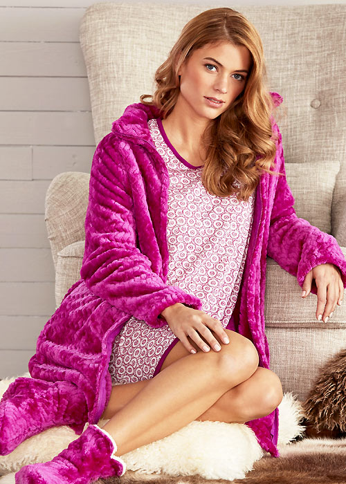Damella Soft And Shiny Robe