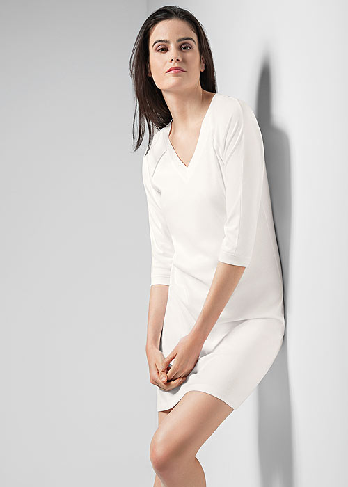 Hanro Pure Essence Three Quarter Sleeve Nightdress