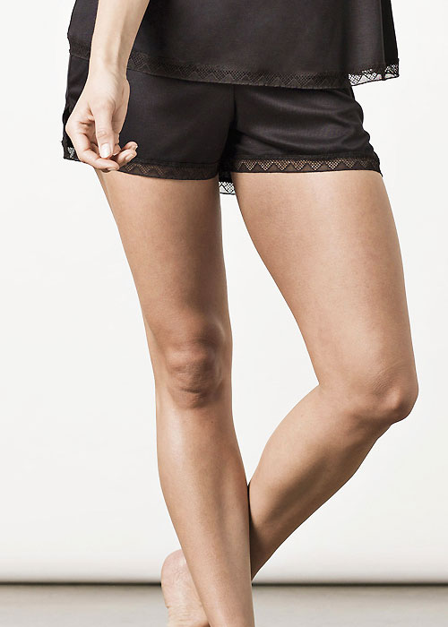 Nui Ami London Shorts