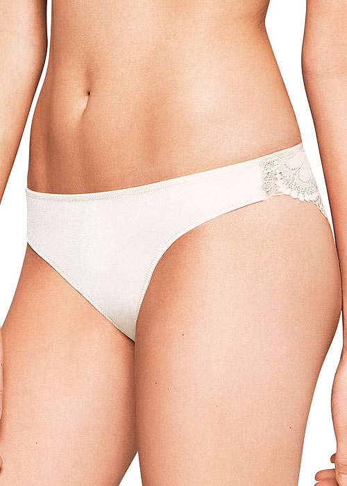 Wonderbra Refined Glamour Brazilian Brief