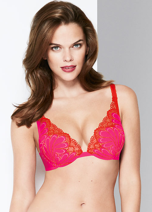 Wonderbra Refined Glamour Pink Triangle Bra