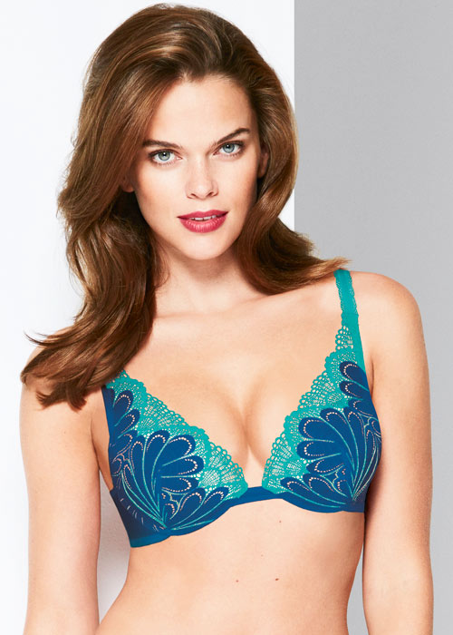 Wonderbra Refined Glamour Blue Triangle Bra