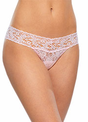 Hanky Panky Signature Lace Low Rise Thong Zoom 1