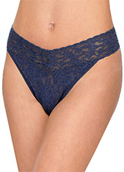 Hanky Panky Signature Original Lace Thong Zoom 2