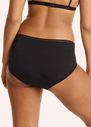 Love Luna for Lady Leaks Full Brief Zoom 3
