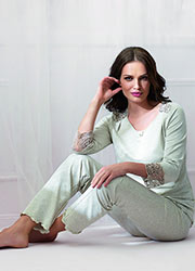 Vanilla Night & Day Daisy Pyjamas Zoom 1
